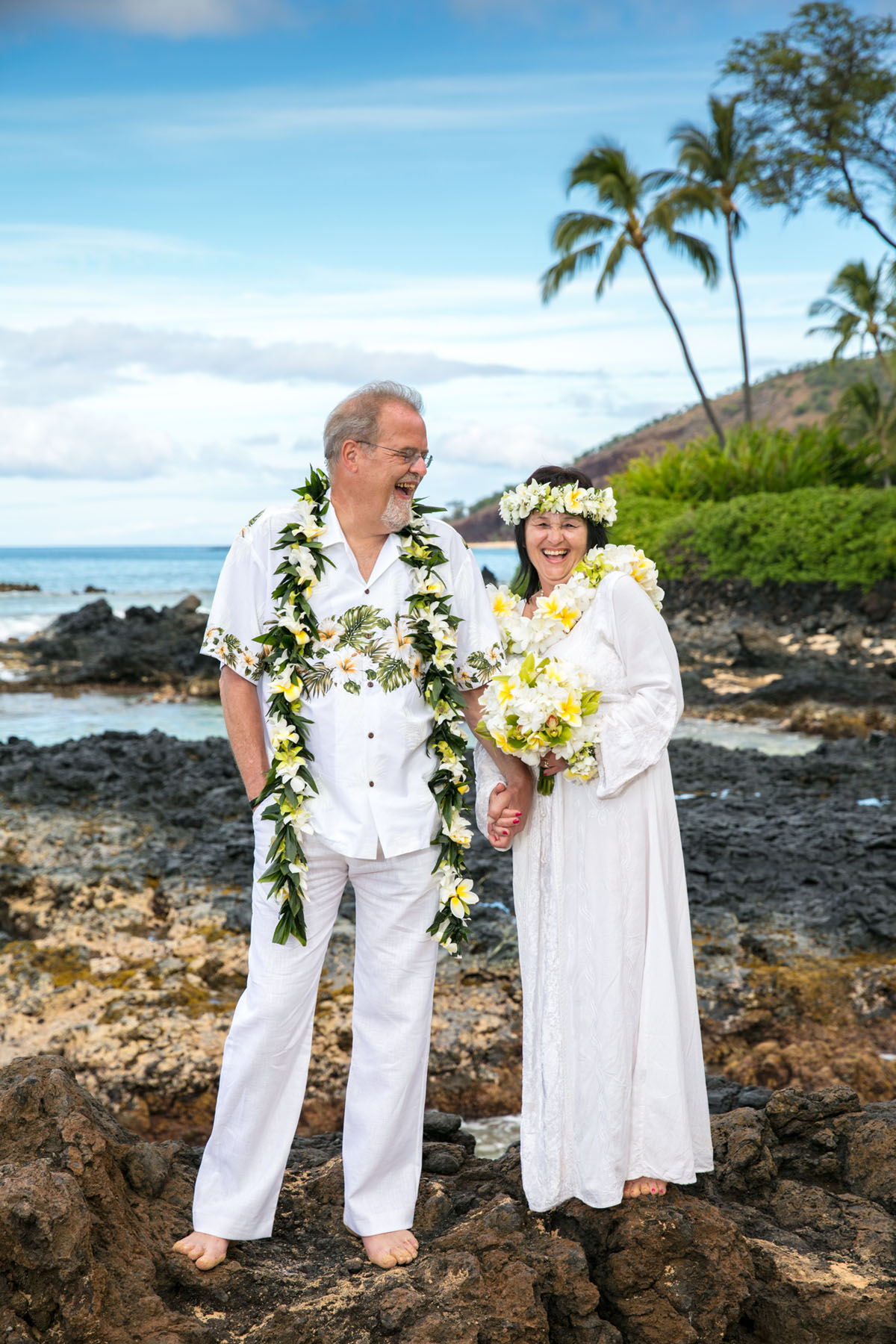 86c0b8df79 We designed a beautiful ceremony complete with some gorgeous florals and  hula. Officiated by Reverend Laki, it was the perfect day for a Maui beach  vow ...